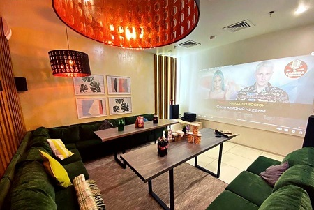 Кино-караоке бар в торговом центре фото